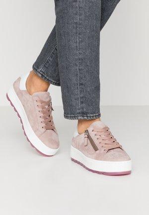 Sneakers laag - antikrosa/weiß
