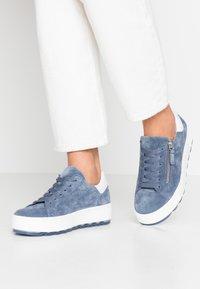 Gabor Comfort - Sneakers - nautic/weiß - 0