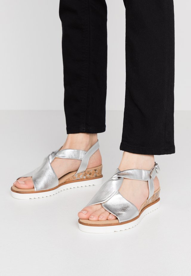 Wedge sandals - silber