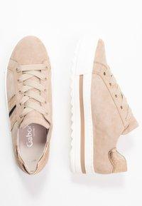 Gabor Comfort - Sneakers - dessert/schwarz - 3