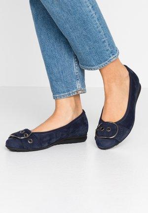 Ballet pumps - blu
