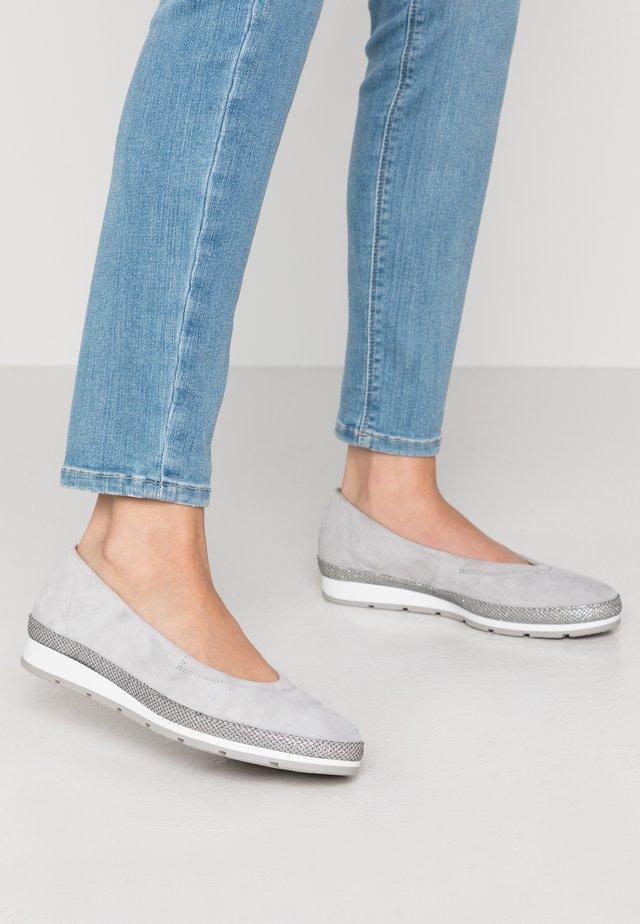 Baleriny - light grey
