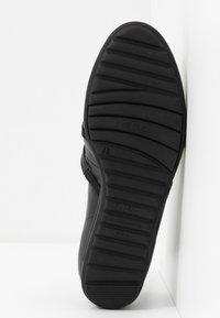 Gabor Comfort - Bailarinas con hebilla - schwarz - 6