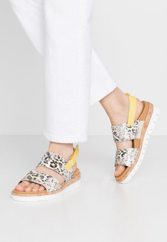 Sandalen met sleehak - creme/sun