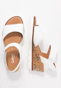 Gabor Comfort - Sandalen met sleehak - weiß - 3