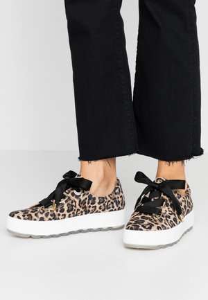 Sneakers - natur