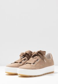 Gabor Comfort - Sneakers laag - taupe - 4