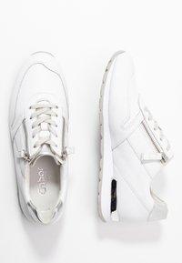 Gabor Comfort - Sneakers laag - weiß/silber - 3