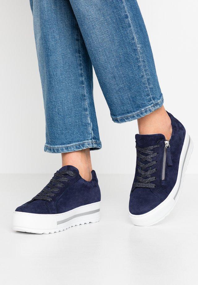 Sneakers laag - bluette