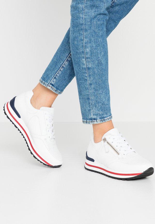 Sneakers laag - weiß/rot/blue