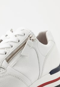 Gabor Comfort - Sneakers - weiß/rot/blue - 2