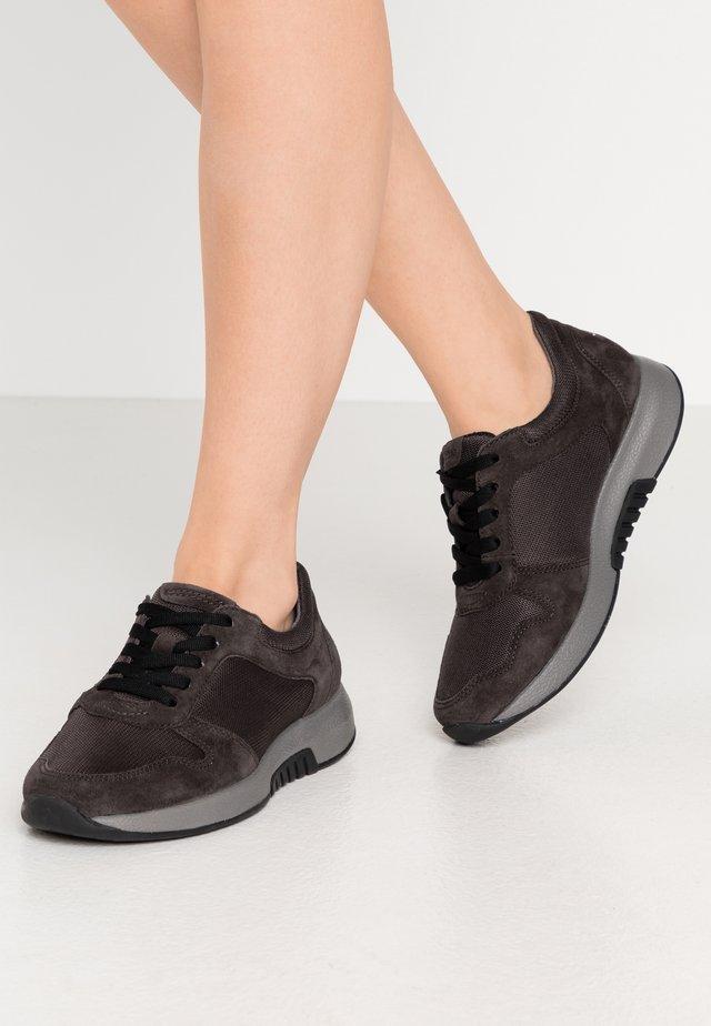 ROLLING SOFT - Sneakersy niskie - dark grey