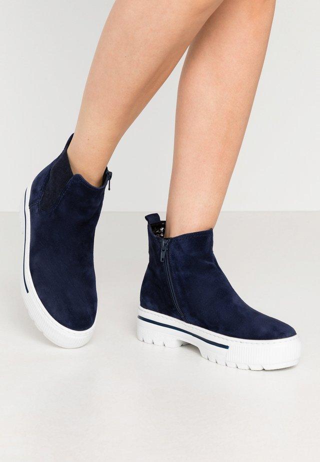Kotníková obuv - marine