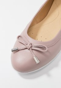 Geox - CHARLENE - Ballerinat - antique rose - 2
