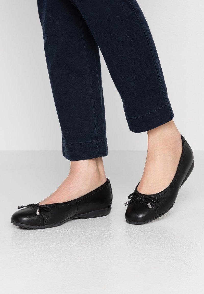 Geox - ANNYTAH - Ballet pumps - black