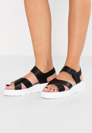 TAMAS - Sandalen met plateauzool - black