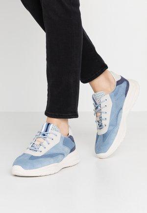 SMERALDO - Trainers - light blue