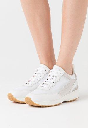 DONNA HAPPY - Zapatillas - white/offwhite