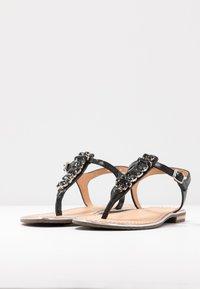 Geox - SOZY PLUS - Sandalias de dedo - black - 4