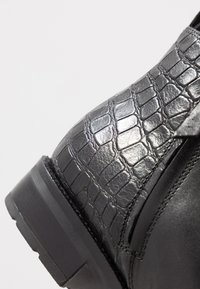 Geox - BETTANIE - Ankle boots - black - 2