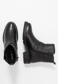 Geox - HOARA - Kovbojské/motorkářské boty - black - 1