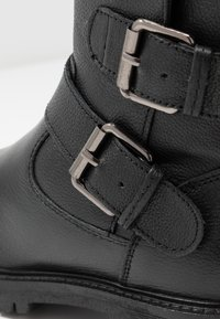 Geox - HOARA - Kovbojské/motorkářské boty - black - 5