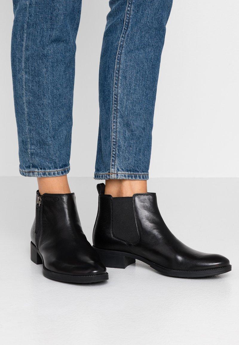 Geox - LACEYIN - Boots à talons - black