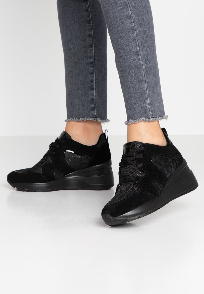 Geox - ZOSMA - Sneakers laag - black
