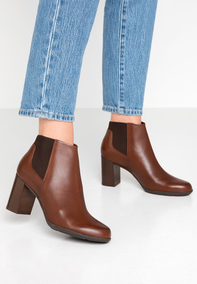 Geox - NEW ANNYA - Ankle boots - brown
