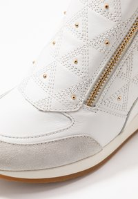 Geox - NYDAME - Joggesko - white/offwhite - 2