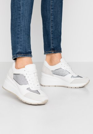 ZOSMA - Trainers - light grey/white