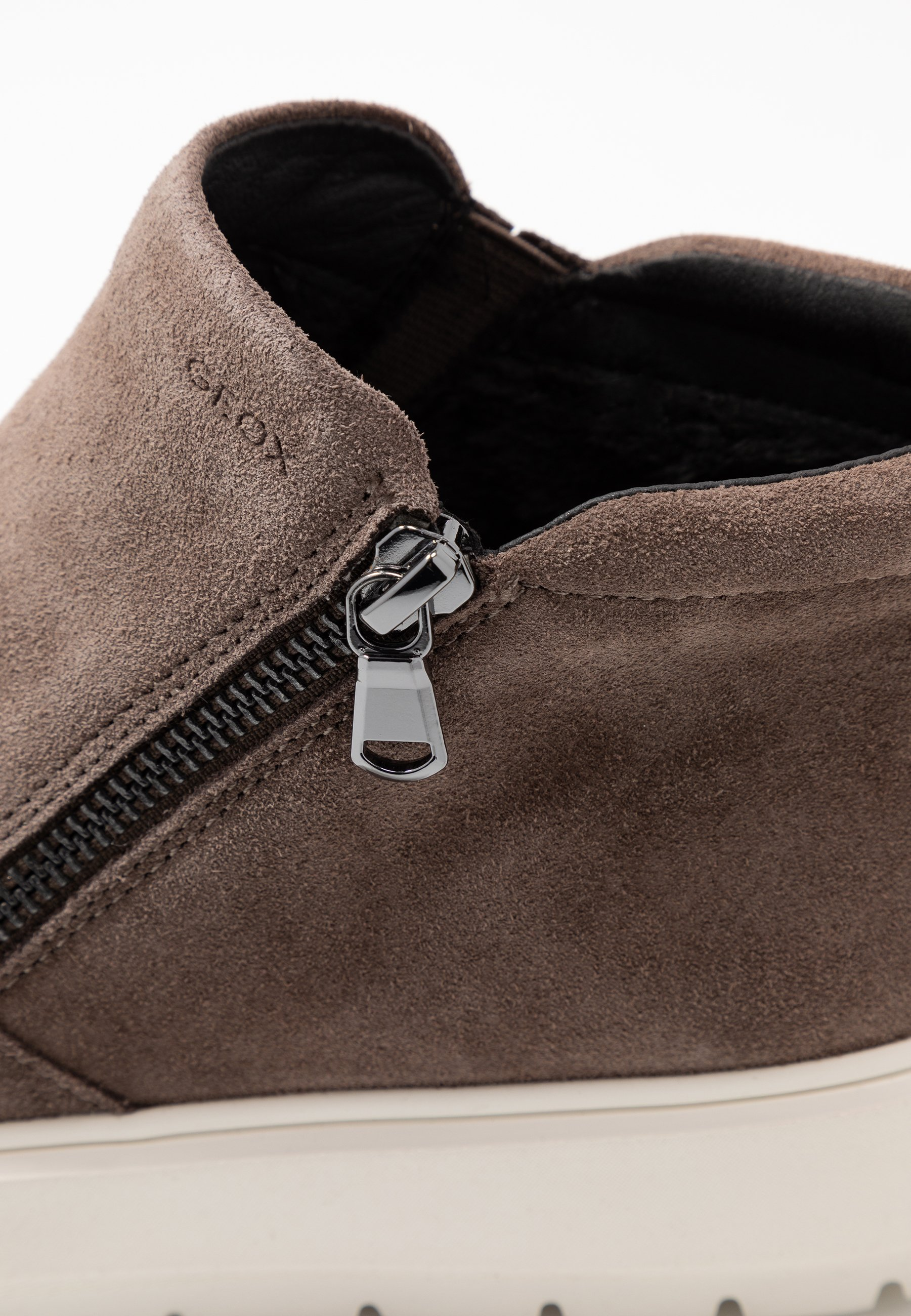 Geox KAULA - Ankle boot - chestnut