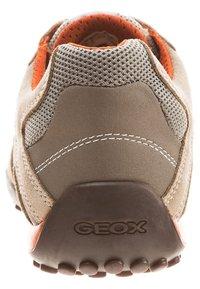 Geox - Zapatillas - beige/ dark orange - 1