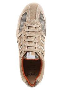 Geox - Zapatillas - beige/ dark orange - 6