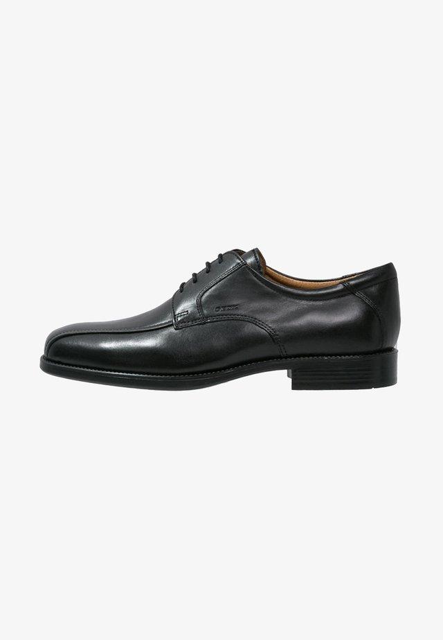 FEDERICO - Zapatos con cordones - black