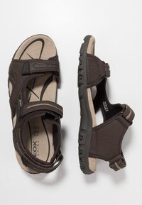 Geox - STRADA - Sandalias de senderismo - brown/sand - 1
