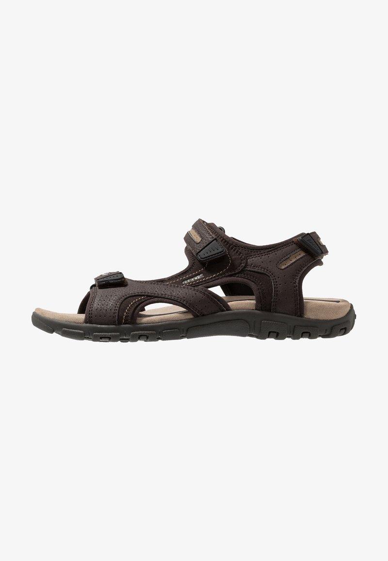 Geox - STRADA - Sandalias de senderismo - brown/sand