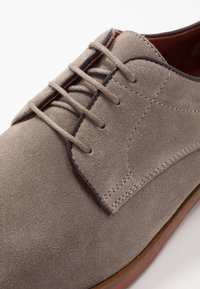 Geox - BAYLE - Lace-ups - taupe - 5