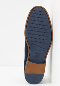Geox - BAYLE - Lace-ups - navy - 4