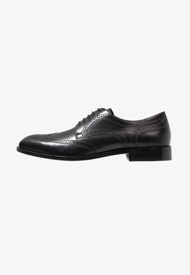 SAYMORE - Zapatos con cordones - black