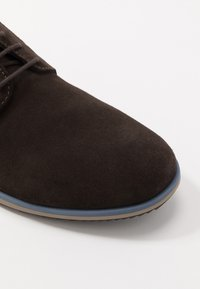Geox - BLAINEY - Casual lace-ups - dark brown - 5