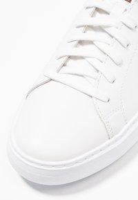 Geox - DEIVEN - Sneakers - white - 5