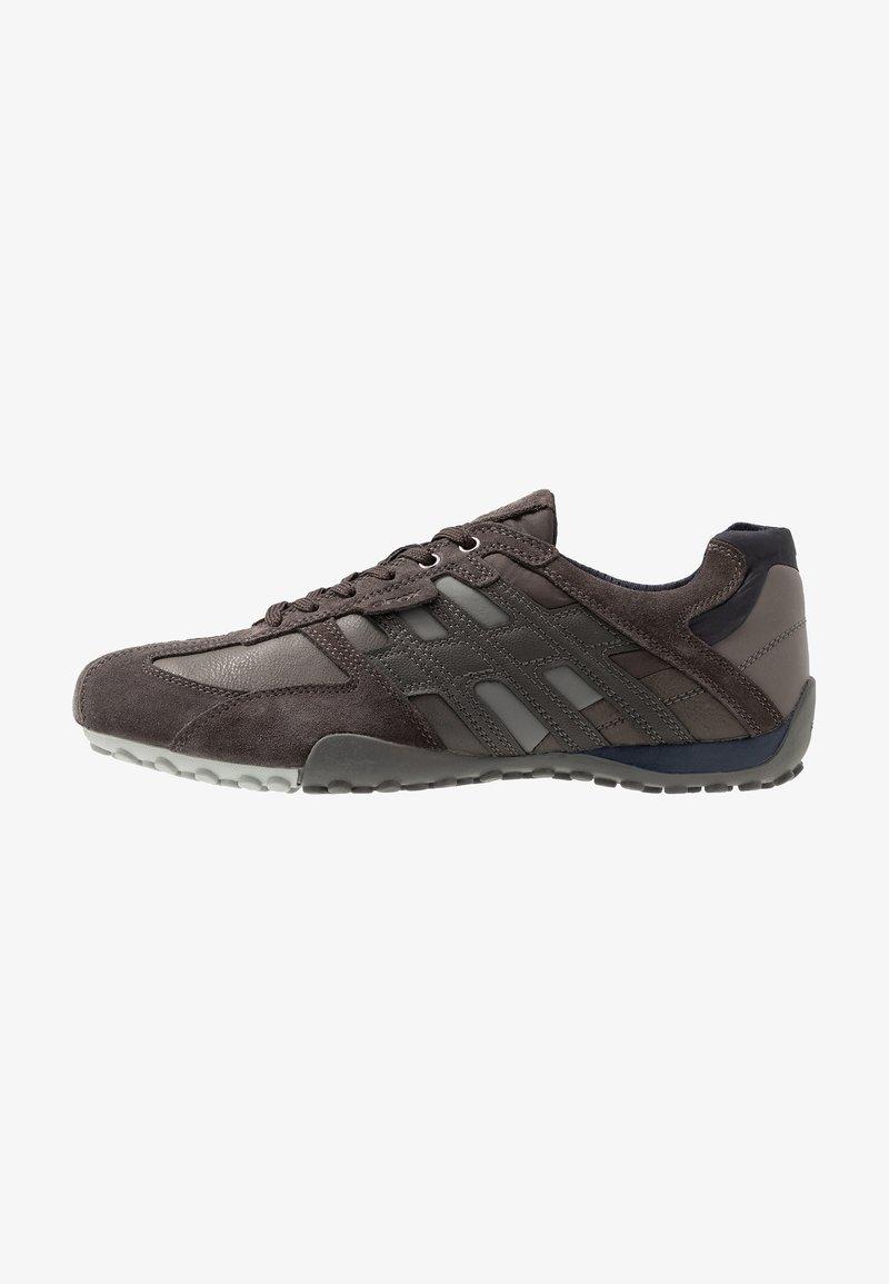 Geox - UOMO SNAKE - Zapatillas - mud/navy
