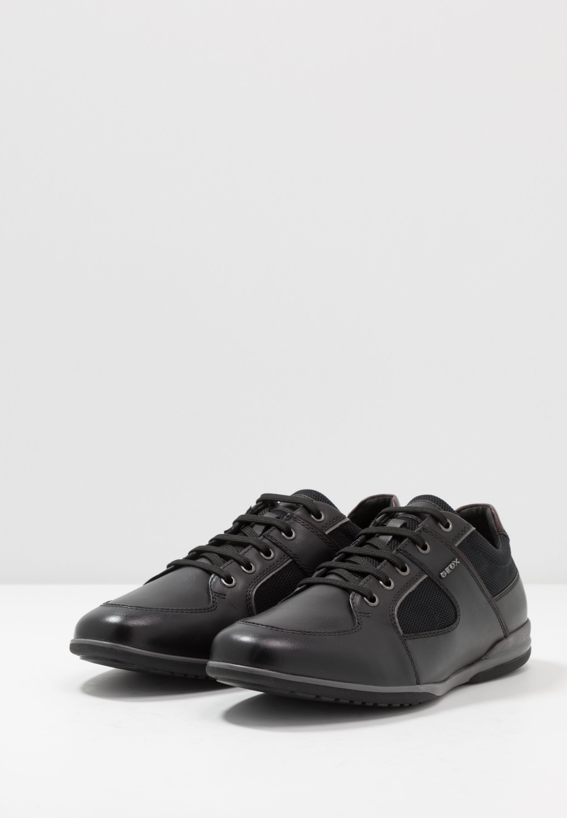 Geox TIMOTHY - Sneakersy niskie - black