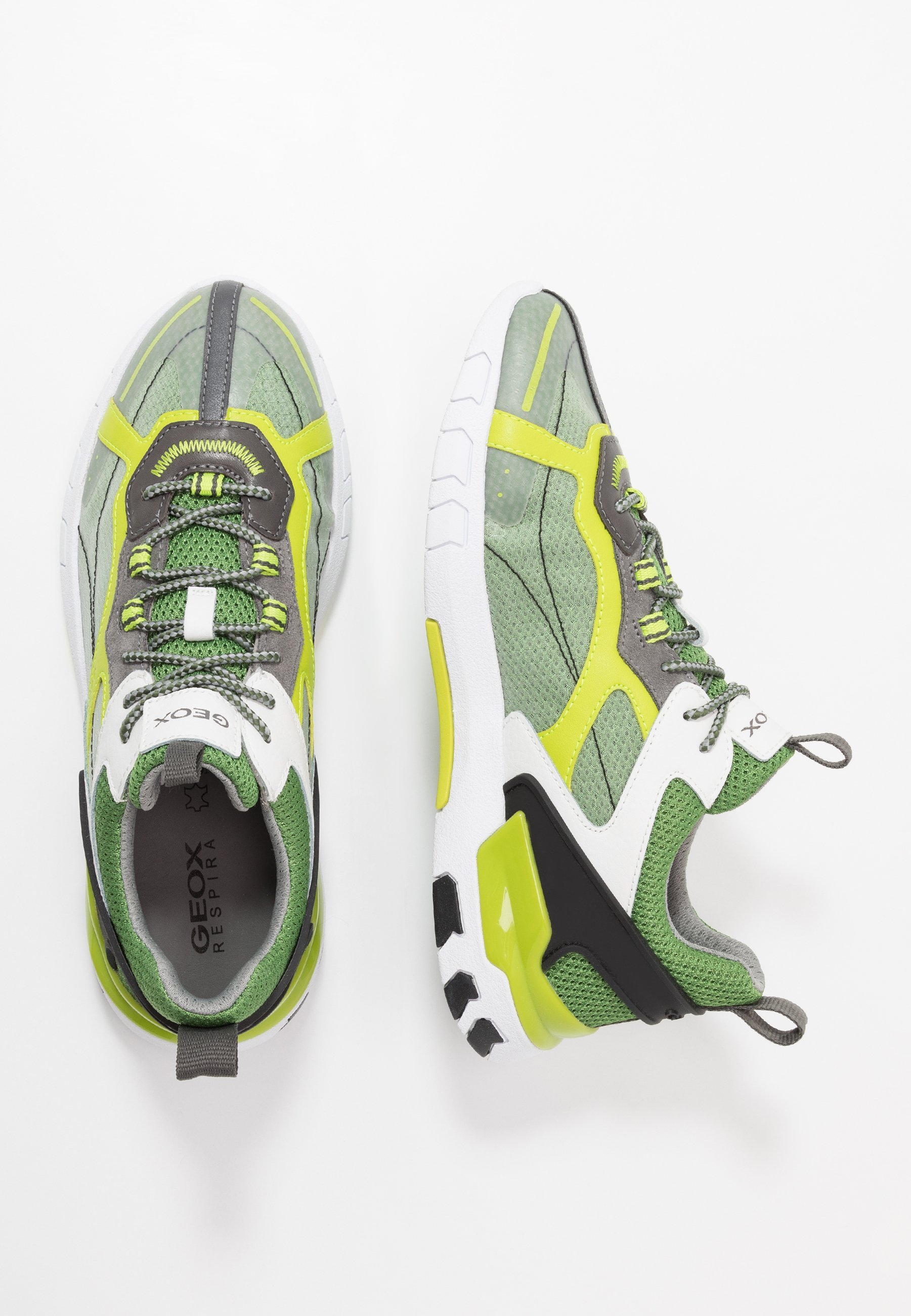 GRECALE Trainers light greengrey