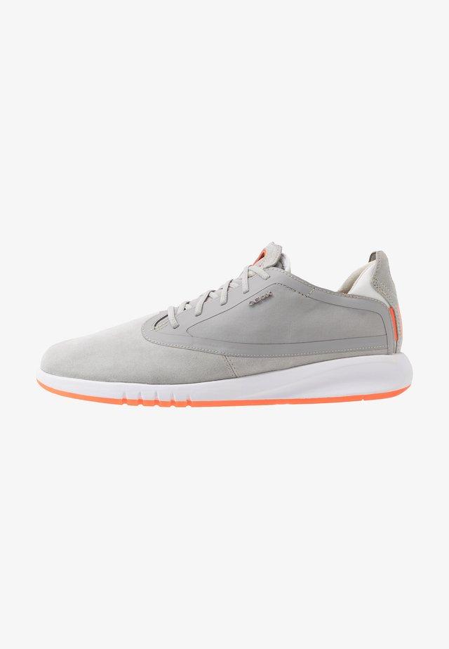 AERANTIS - Sneakers - light grey