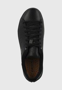 Geox - SCHUHE - Sneakers basse - black - 1