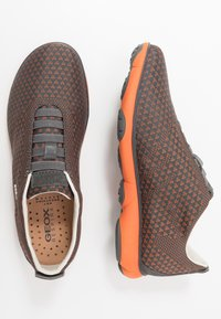 Geox - Zapatillas - anthracite/orange