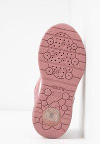 Geox - SPACECLUB GIRL - Zapatos de bebé - antique rose - 4