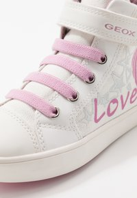 Geox - GISLI GIRL - Sneakers hoog - white/pink - 5